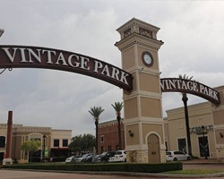 Entry arches of Vintage Park